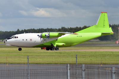 Antonov - An-12BK